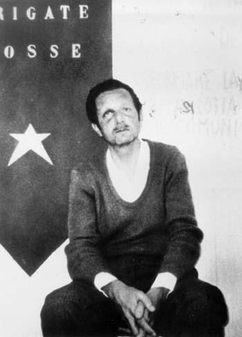 Mario Sossi in un'immagine diffusa dalle Brigate rosse